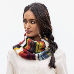 14 Color Woolstok Light Cowl (Free)