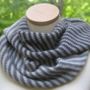 Endless Ombre Cowl (Free)