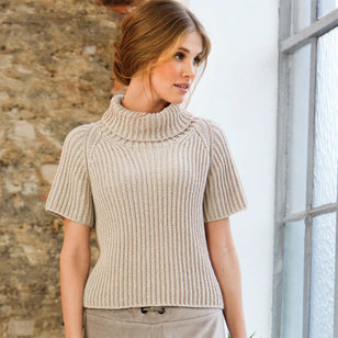 03 Short-Sleeved Pullover in Cool Wool PDF