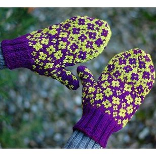 Fractured Fairy Tale Mittens PDF