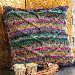 1723 Cabled Pillow PDF