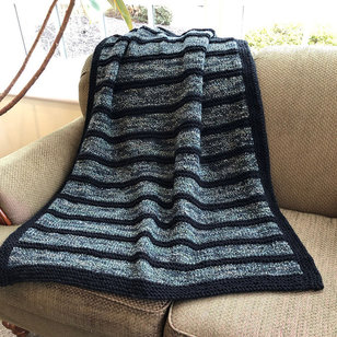 F914 Encore Worsted Colorspun Black Striped Throw (Free)