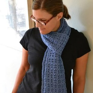 Reversible Rib and Lace Scarf (Free)