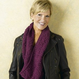 463 Bell Lace Cowl