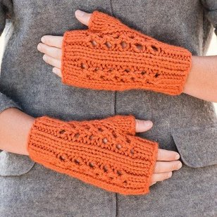 Double Lace Rib Fingerless Mitts PDF